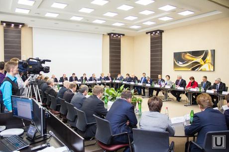 Губернаторы Томской области и ХМАО. Стрежевой.