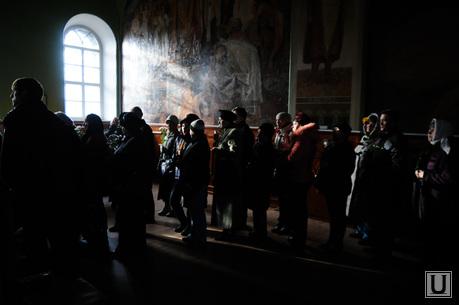 Мощи матроны. Свято-Троицкий храм. Челябинск., храм, церковь