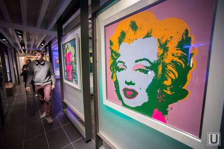 Выставка работ Энди Уорхола в