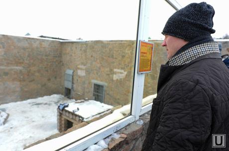 Хоккеист в зоопарке. Челябинск., панов константин
