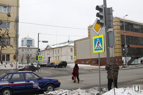 Установка светофора Курган, светофор, пешеходный переход, перекресток