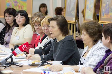 Встреча губернатора ХМАО с приемными семьями. Ханты-Мансийск., комарова наталья, губернатор хмао