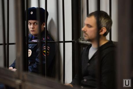 Суд по делу Лошагина. Екатеринбург, суд, пристав