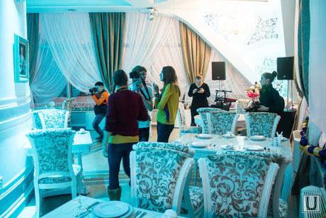 Обновленная стела. Экскурсия для СМИ. Ханты-Мансийск., ресторан