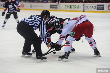 Хоккей Трактор Автомобилист. Челябинск., вбрасывание, хоккей