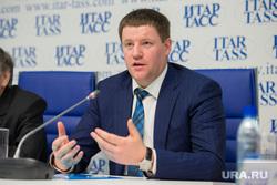 Пресс-конференция в ИТАР-ТАСС по строительному рынку. Екатеринбург, бидонько сергей