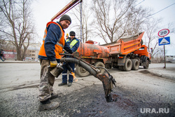 Ямочный ремонт на ул. Бычковой. Екатеринбург, дорожные работы, ямочный ремонт