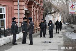Пикет в поддержку детской библиотеки им Островского Курган, полиция