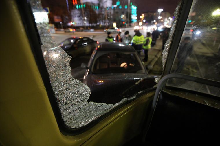Авария с участием трамвая на Ленина - Мамина-Сибиряка. Екатеринбург