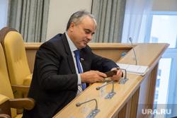 7 ноября 2013 — дума ХМАО, завальный павел