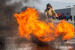 Учения пожарных. Тюмень, пожарные, пламя, огонь