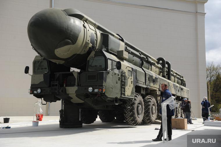 Военная техника на ВДНХ. Москва, тополь-м