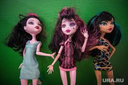 Клипарт. Екатеринбург, куклы, проститутки, детские игрушки