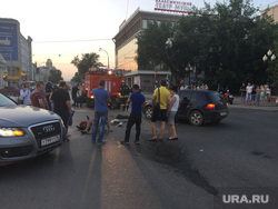 ДТП. Екатеринбург, дтп, перекресток карла либкнехта ленина