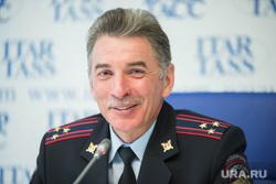 Пресс-конференция в ИТАР-ТАСС с Юрием Деминым. Екатеринбург, демин юрий, улыбка