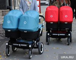 Киоск. Челябинск, коляска, двойняшки, близнецы, мамы с колясками