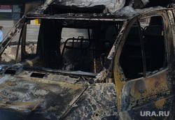 Последствия АТО и украинские блокпосты в Краматорске. Украина, блокпост, сгоревшие машины, украинские войска, сожженные автомобили, газель, гостиница краматорск