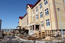 Кокорин  осмотр городских объектов Курган, детский сад, стройка, микрорайон рябково