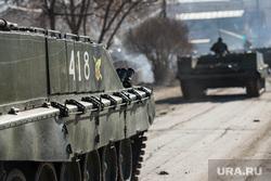 Первая репетиция юбилейного Парада Победы в Екатеринбурге на 2-ой Новосибирской, танки