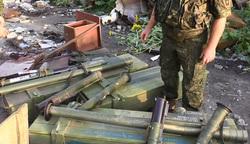 Оружие США в аэропорту Луганска, гранатомет, оружие, схрон