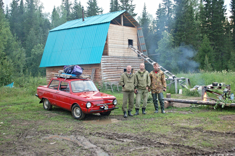 Уральцы заехали на перевал Дятлова на Запорожце, запорожец, база Ильича