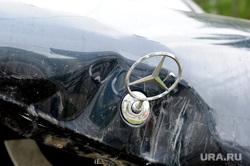 ДТП. Аварии. Челябинск., мерседес, mercedes-benz, авария, дтп, разбитый автомобиль, разбитая машина