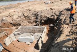 Дороги. Дорожное строительство. Челябинск, яма, строительство, бетонные блоки, рабочие