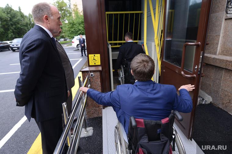 Доступная среда Дубровскому. Челябинск., инвалид, лифт, дубровский борис