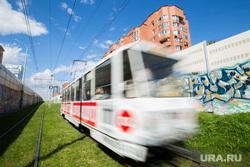 Клипарт. город Екатеринбург, дверь, трамвай, общественный транспорт, вход, подъезд