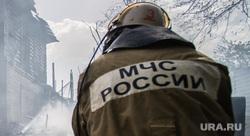 Пожар на Вайнера, 70. Екатеринбург, мчс, пожарище, дым