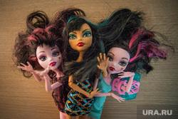 Клипарт. Екатеринбург, кукла, кокетка, детские игрушки, девчонки, проститутки, шлюхи, монстр хай