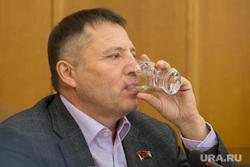 Заседание Городской думы Екатеринбург, стакан, вегнер вячеслав, жажда
