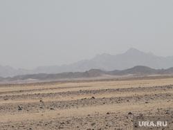 Египет, отдых туристов, аравийская пустыня, горы