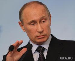 Саммит Россия-ЕС. Пресс-конференция. Екатеринбург, жест рукой