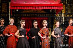 Показ новой коллекции модного дома СОЛО-дизайн. Екатеринбург, fashion, фешн, дефиле, модный показ, одежда