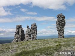 Столбы на плато Маньпупынер, Пупы, Маньпупынер, столбы на плато