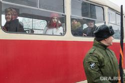 Крестный ход и митинг на Площади Труда по случаю 4 ноября. Екатеринбург, трамвай