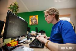 Лица URA.Ru, рабочее место, компьютер, жабриков владимир
