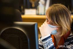 Отчет губернатора ХМАО о результатах деятельности Правительства за 2015 год. Ханты-Мансийск, маска, грипп, болезнь, инфекция