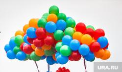 Акция 1000 дней до ЧМ-2018. Екатеринбург, праздник, телебашня, воздушные шарики, тысяча, недостроенная телевышка