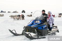 День оленевода. Салехард, ЯНАО, снегоход, янао, северный олень, ямал, зим газ12, холод
