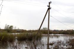 Паводок  Курган, паводок2016, опора лэп в воде