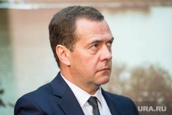 ИННОПРОМ-2015: двусторонка Дмитрия Медведева и Евгения Куйвашева. Екатеринбург, портрет, медведев дмитрий