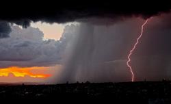 Открытая лицензия 07.07.2015. Молния. Гроза., ливень, молния, гроза