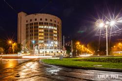 Ночь музеев 2015. Екатеринбург, фонари, гостиница исеть, вечер, город екатеринбург, ночные огни