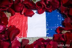 Французское посольство. Москва, мемориал, французское посольство, теракт в ницце