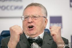 Пресс-конференция ЛДПР в ТАСС. Москва, портрет, жириновский владимир, кулаки