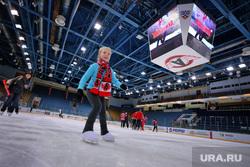 Хоккейная эстафета с участием Автомоболиста к премьере сериала Молодежка на СТС. Екатеринбург, не публиковать!