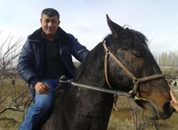 Таджик Рустам нашедший 100 тыс. руб., Рустам