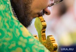 Детский крестный ход. Екатеринбург, крест, молитва, вера, христианство, священнослужитель, православие, служба, религия